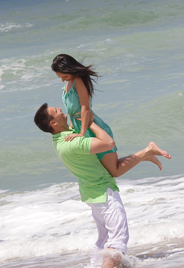Junger Mann und Frau stockbild