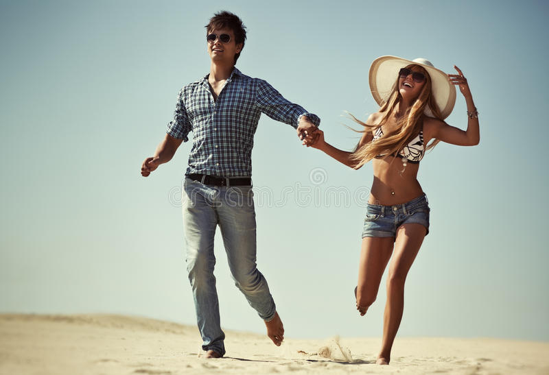 Junger Paarbetrieb lizenzfreies stockfoto