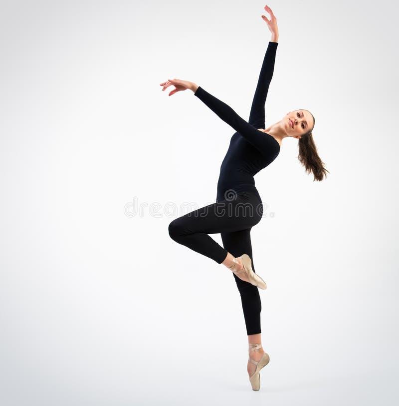 Junger schöner Tänzer stockfotos