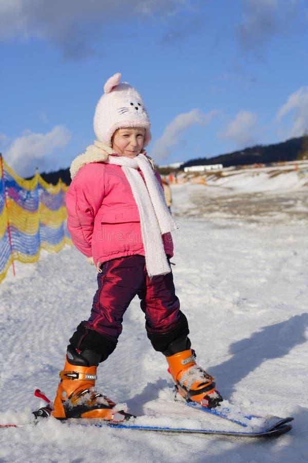 Junger Skifahrer stockfotografie