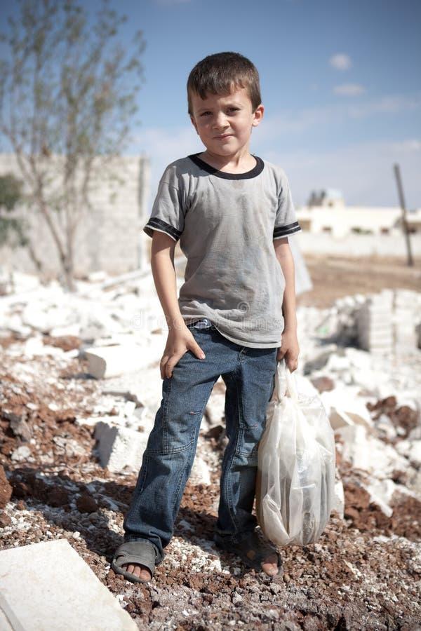 Junger syrischer Junge, Azaz, Syrien. lizenzfreies stockbild