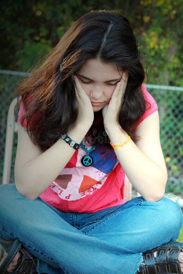 Junger trauriger Frauenfrieden lizenzfreies stockbild
