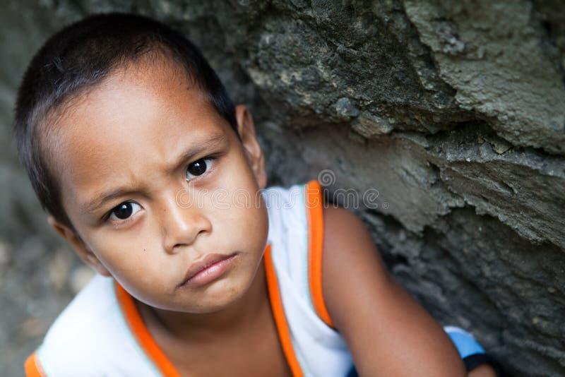 Junges asiatisches Jungenportrait stockbild
