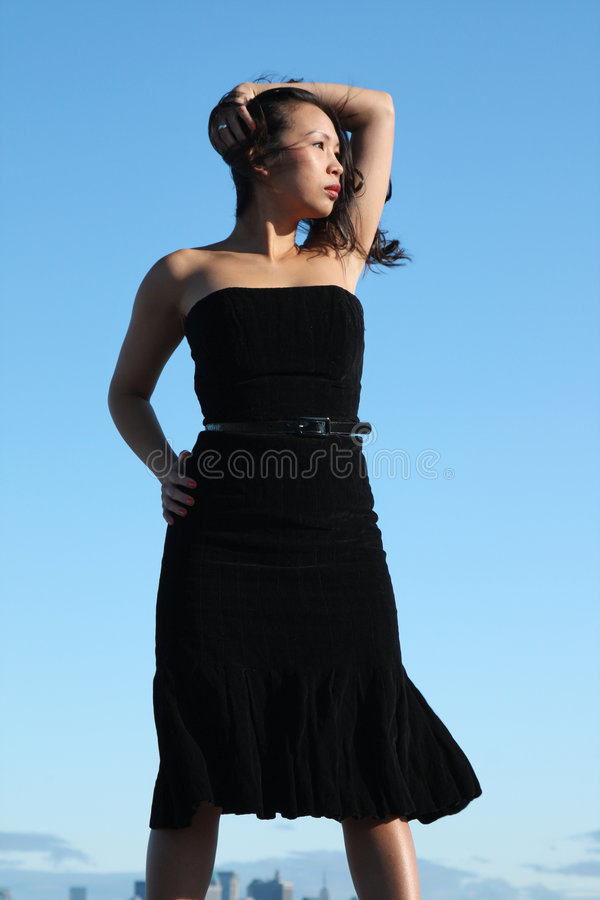 Junges asiatisches Mädchen lizenzfreies stockfoto