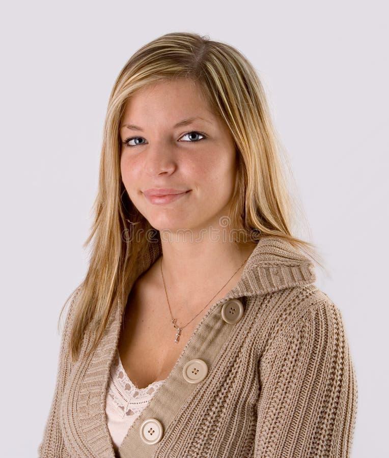 Download Junges Blondes Frauenportrait Stockfoto - Bild von augen, blau: 857188