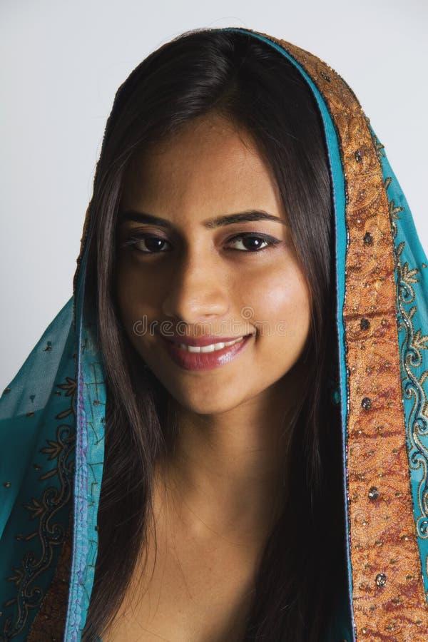 Junges indisches Mädchen. lizenzfreie stockfotos