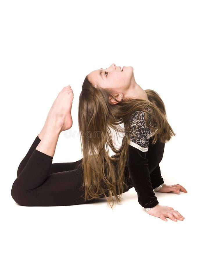 Junges Mädchen, das Gymnastik tut stockfoto