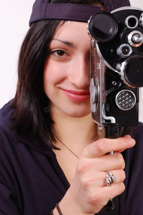 Junges Mädchen mit alter Kamera des Filmes (Film) lizenzfreies stockfoto