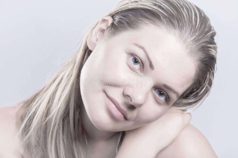 Junges Naturschönheitsgesicht, Frau des blonden Haares ohne bilden stockbilder