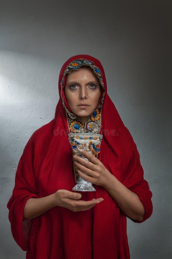 Junges orthodoxes Gebetsporträt stockfotos