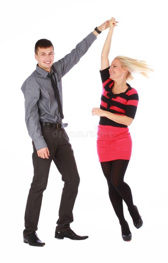 Junges Paar tanzt stockfotos