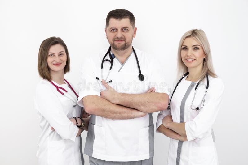 Junges Team von Doktoren lizenzfreie stockfotografie