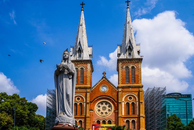 Jungfrau- Mariakirche, saigon, Ho Chi Minh Stadt, Vietnam lizenzfreie stockfotografie