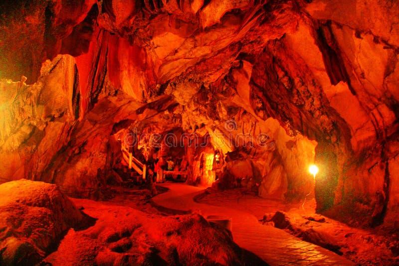 Jungs-Höhle lizenzfreies stockbild