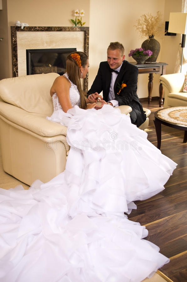 Jungvermähltenbraut Und -bräutigam Stockbild
