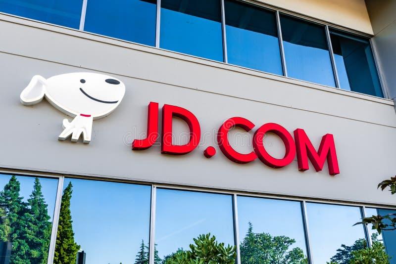 22. Juni 2019 Mountain View/CA/USA - JD COM-Zeichen angezeigt am Eingang zum Silicon Valley-Büro; JD COM, alias stockfotos