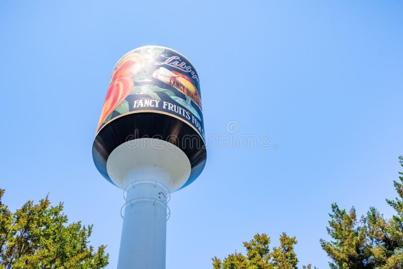 1 juni, 2019 Sunnyvale/CA/de V.S. - het Watertoren van Libby, het enige ding die van de eens grootste conservenfabriek in de were stock afbeeldingen