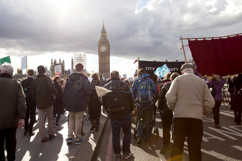 Junior Doctors March sul Downing Street immagine stock