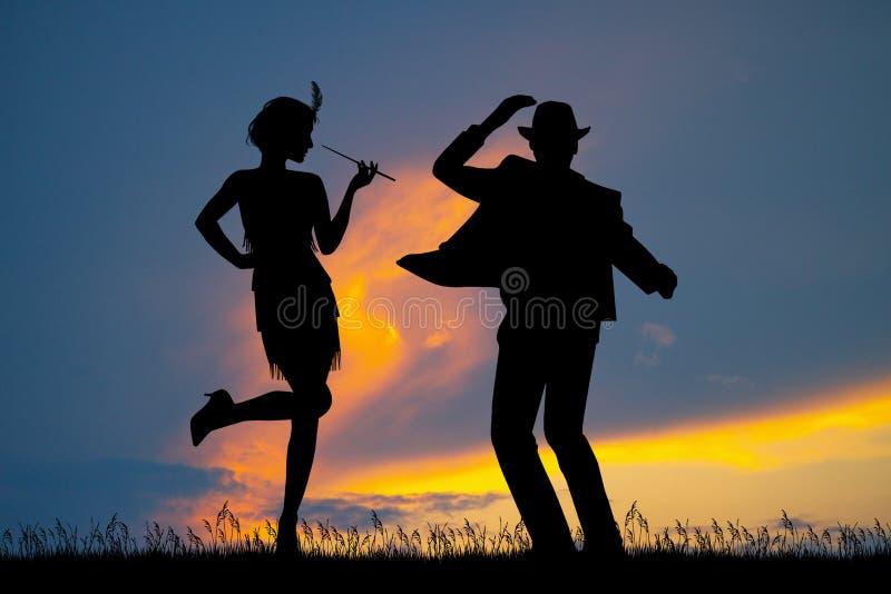 Junte el cabaret en la puesta del sol stock de ilustración