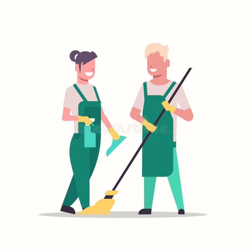 Junte a la mujer del hombre de los porteros en los limpiadores de limpieza uniformes del concepto del servicio que celebran el tr ilustración del vector
