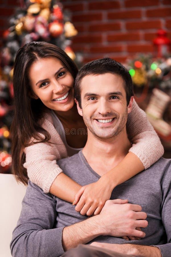Junto en la Nochebuena imagen de archivo libre de regalías