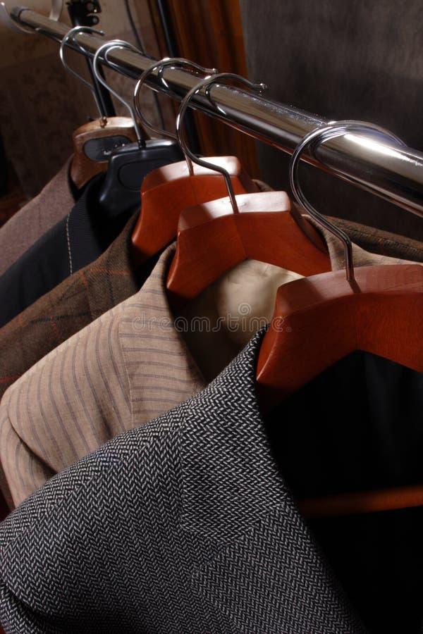Jupes sur la bride de fixation de couche. photo stock
