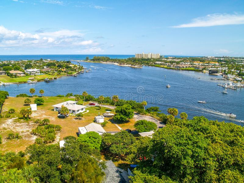 Jupiter Inlet perto de West Palm Beach, Florida foto de stock royalty free