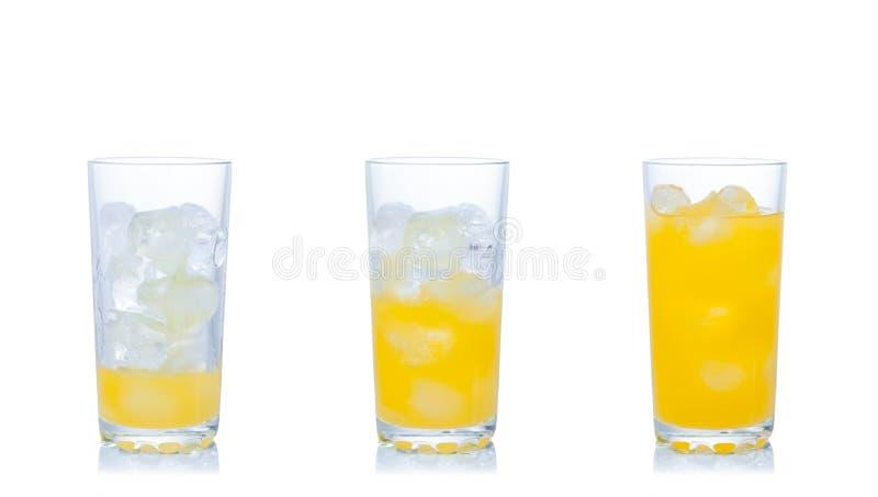 Jus d'orange avec de la glace photo libre de droits