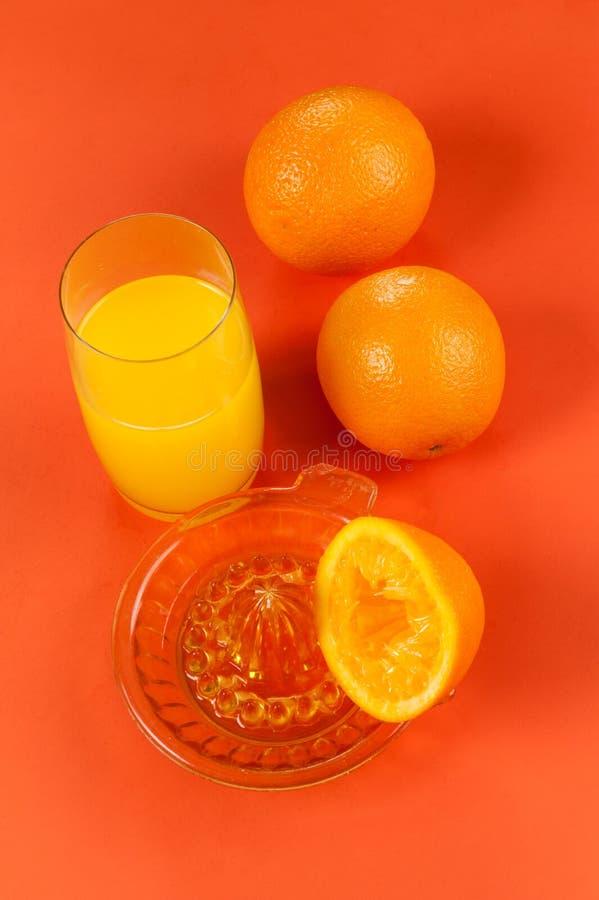 Jus d'orange en verre images libres de droits