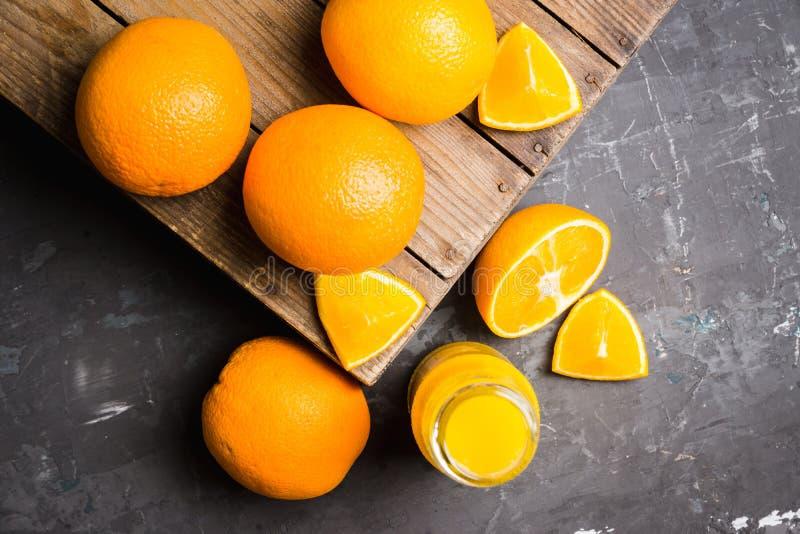 Jus d'orange frais Foyer sélectif image stock