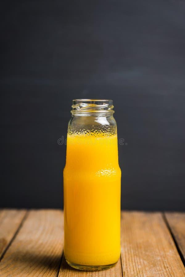 Jus d'orange frais Foyer sélectif images stock