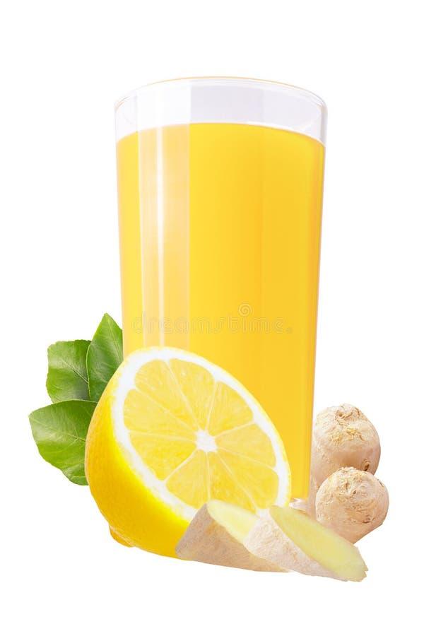 Jus de citron et de gingembre d'isolement sur le blanc photographie stock