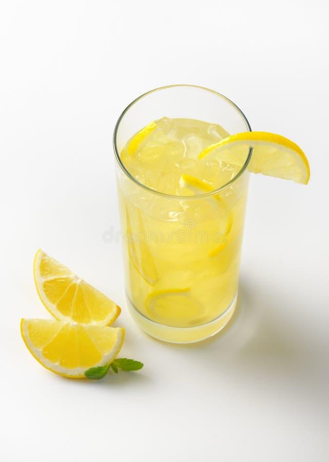 Jus de citron frais photo stock
