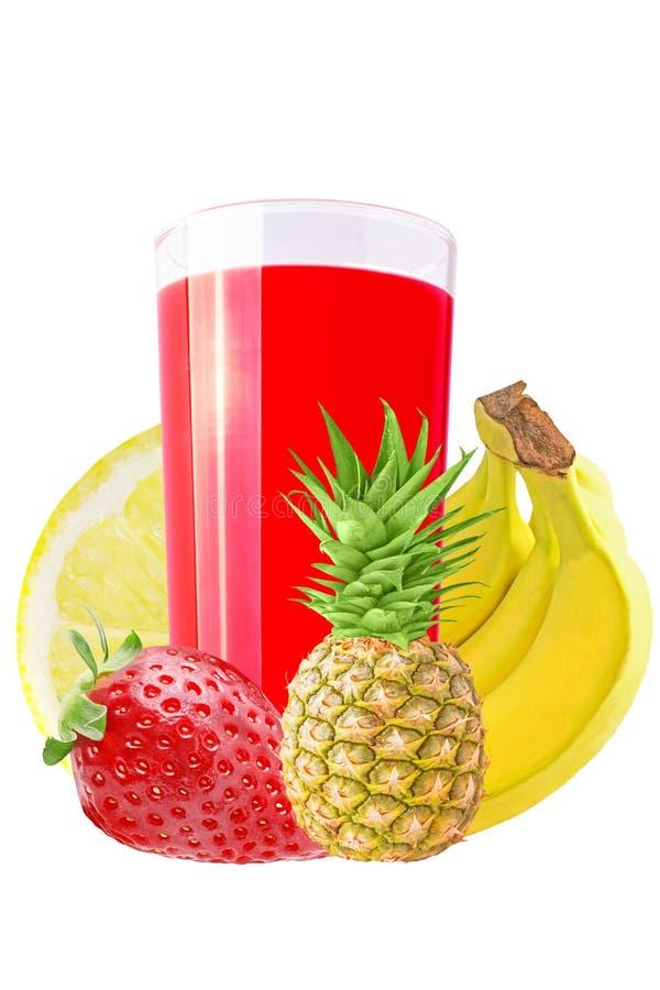 Jus de fruit frais et x28 ; fraise, citron, banane, pineapple& x29 ; au-dessus du wh photo libre de droits