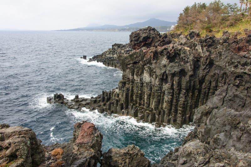 Jusangjeolli klippor arkivfoto