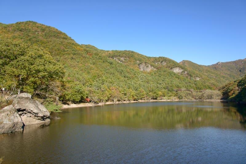 Jusanji rezerwuar w Juwangsan parku narodowym zdjęcia stock