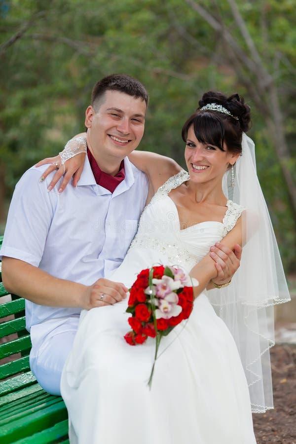 Juste marié en jour de eux le mariage photo stock