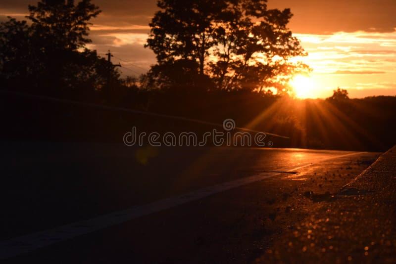Juste un coucher du soleil sur le pont photo stock