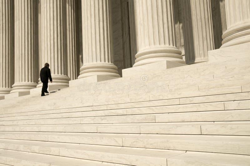 Justiça procurando imagens de stock royalty free