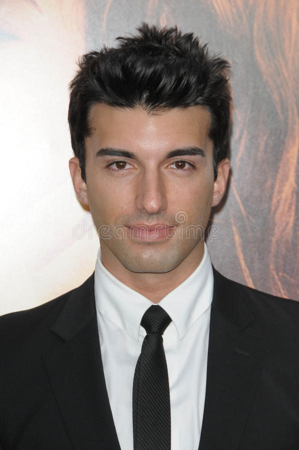 Justin Baldoni photos stock