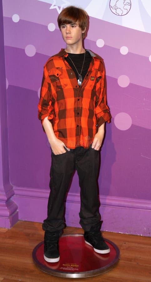 Justin Bieber an der Madame Tussauds lizenzfreie stockbilder