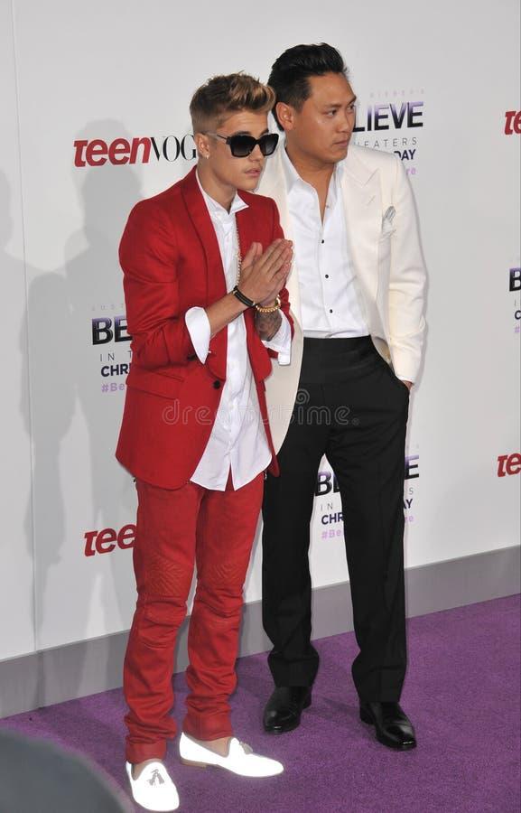Justin Bieber et Jon M Chu photos libres de droits