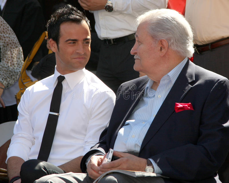 Justin Theroux, John Aniston,   images libres de droits