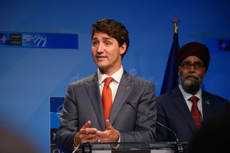 Justin Trudeau, primeiro ministro de Canadá e Harjit Singh Sajjan, ministro da Defesa de Canadá imagem de stock