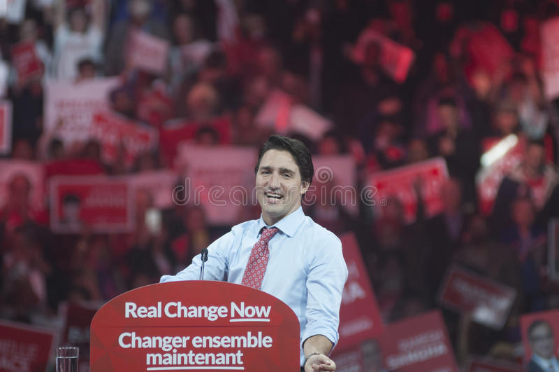 Justin Trudeau-Wahlkampfkundgebung lizenzfreie stockfotos