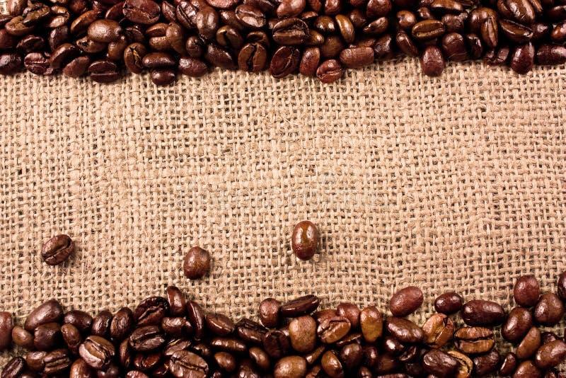 jute för bakgrundsbönakaffe arkivfoto
