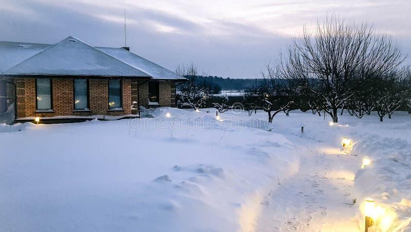jutrzenkowa bulwaru Irkutsk Russia opadu śniegu zima fotografia stock