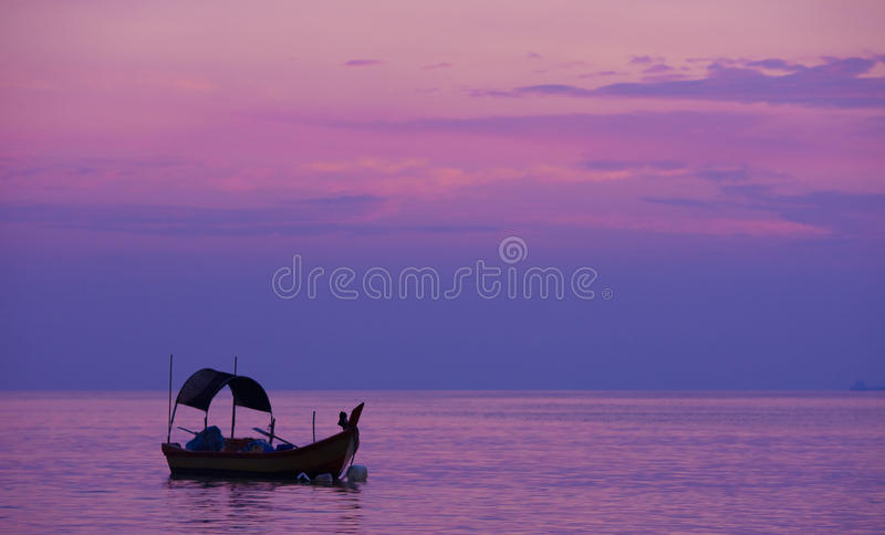 jutrzenkowy połowu purplr morze obrazy stock