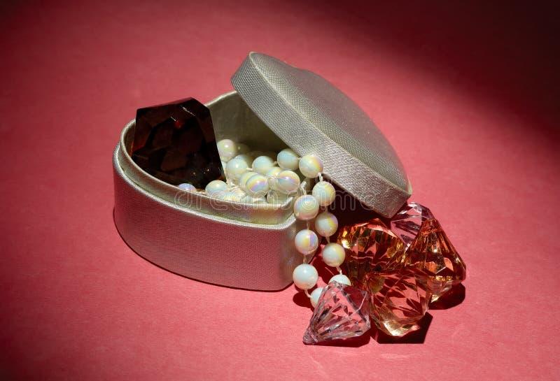 Juwelen lizenzfreie stockbilder