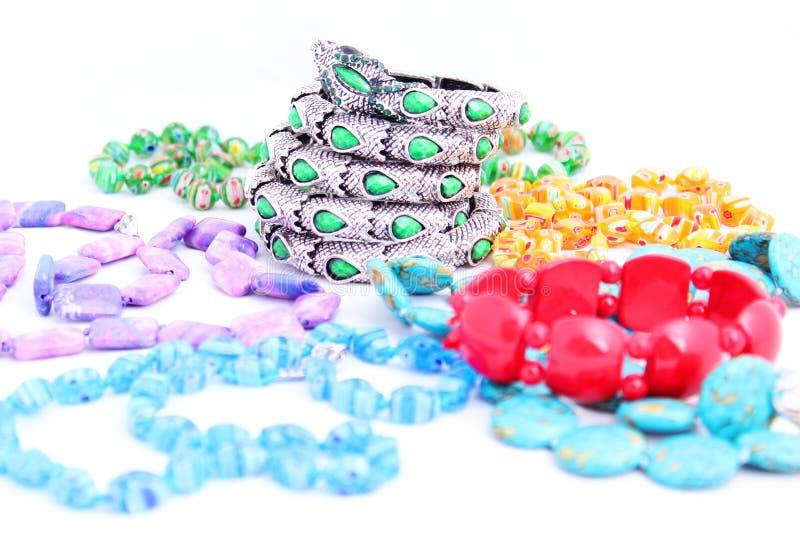Juwelen op witte achtergrond royalty-vrije stock afbeelding